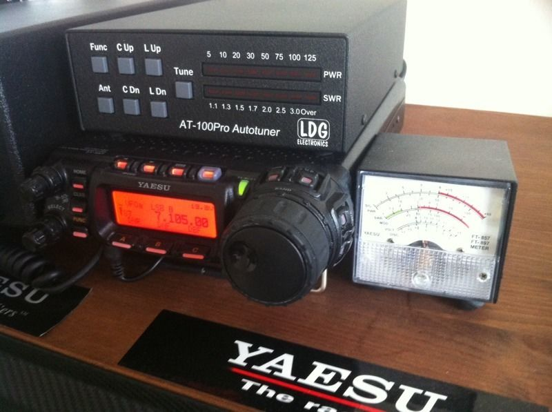 Yaesu FT-857d with LDG AT-100 pro