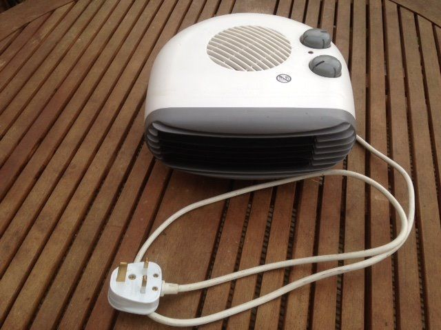 2kw flat small electric fan heater, excellent working order