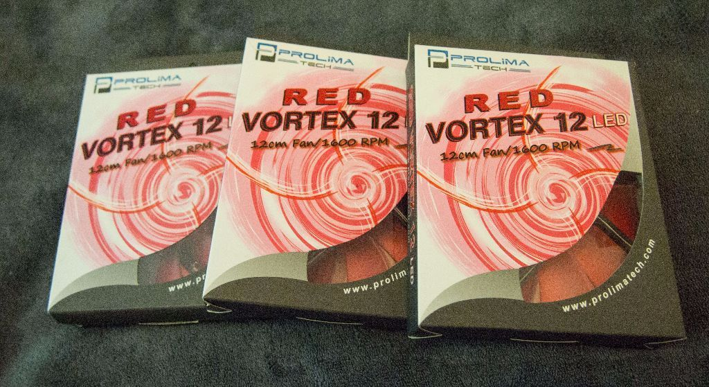 Prolima tech red vortex 12 LED 12cm/1600RPM PC fans x3