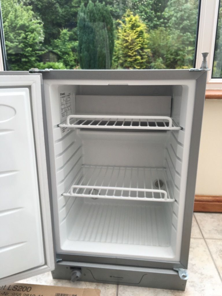Dometic RM123 3 Way fridge