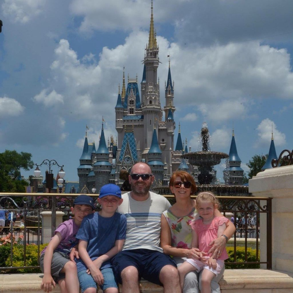 Busy, fun and friendly family seeks live in au pair from July 2016