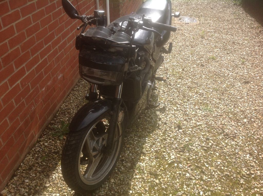 Kawasaki GPZ 500S for Spares