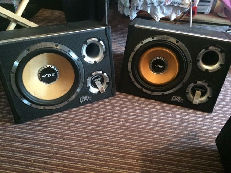 1600W Vibe Evolution V.2 Subwoofers with built in amps! X2, VERY LOUD!!