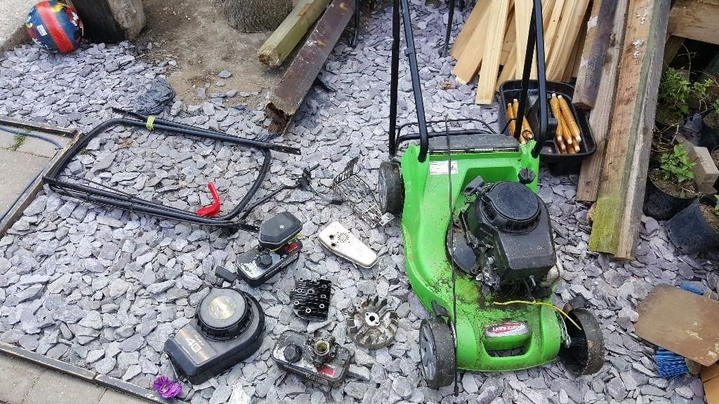 Briggs and stratin spares and repairs