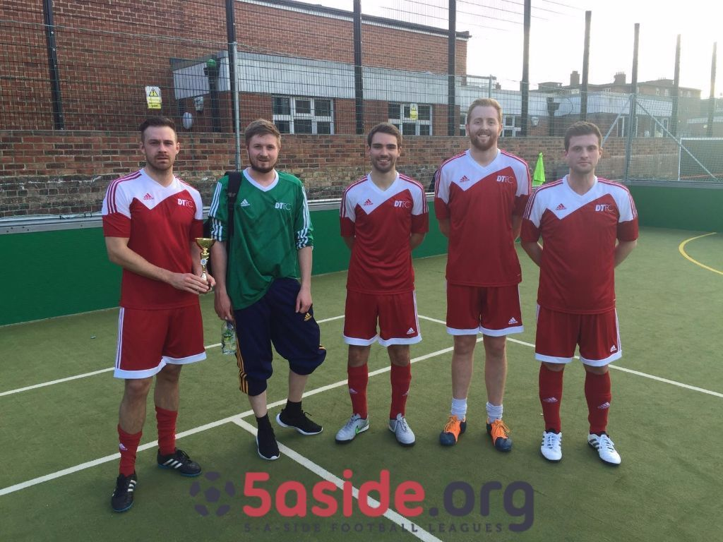 Fantastic 5aside football league in the heart of London Bridge