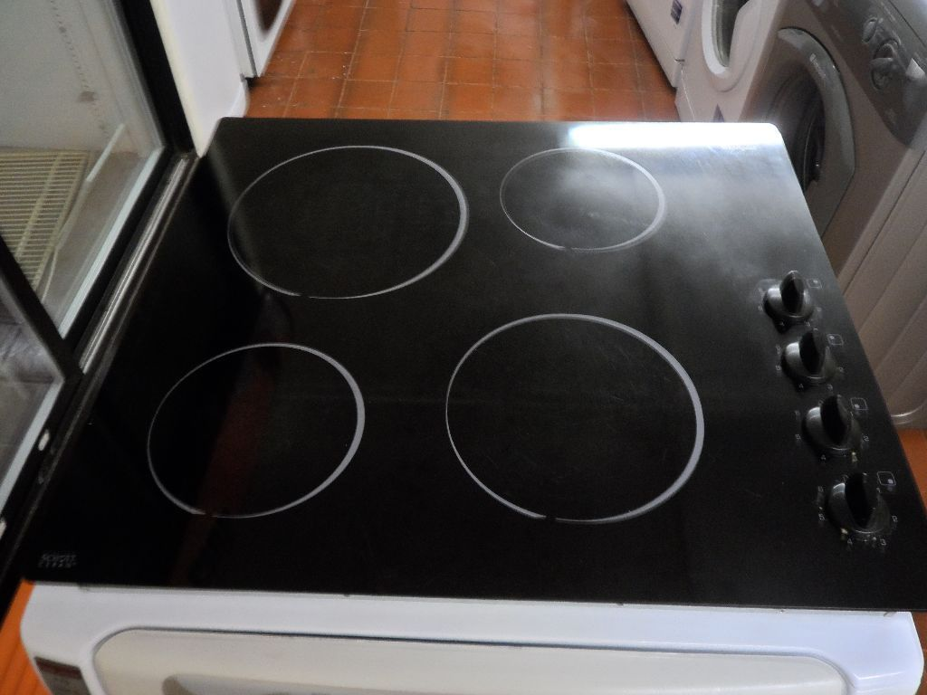 """Whirlpool""Ceramic 4-burner Built-in Hob...Can be delivered..."