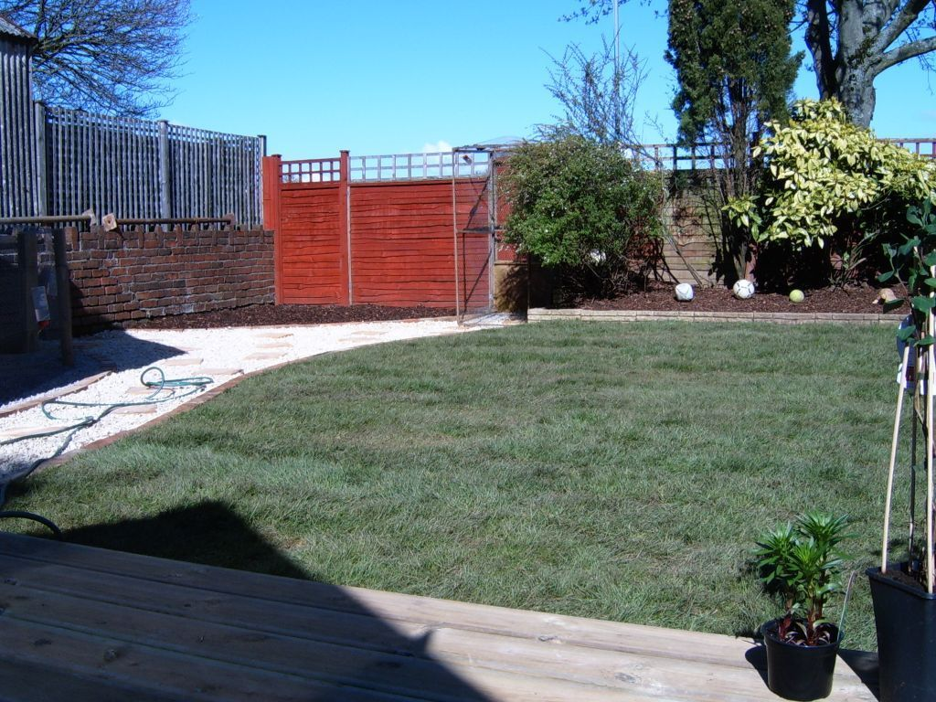 LANDSCAPE GARDENER IN CARDIFF - ALL WORKS - EXCELLENT RATES