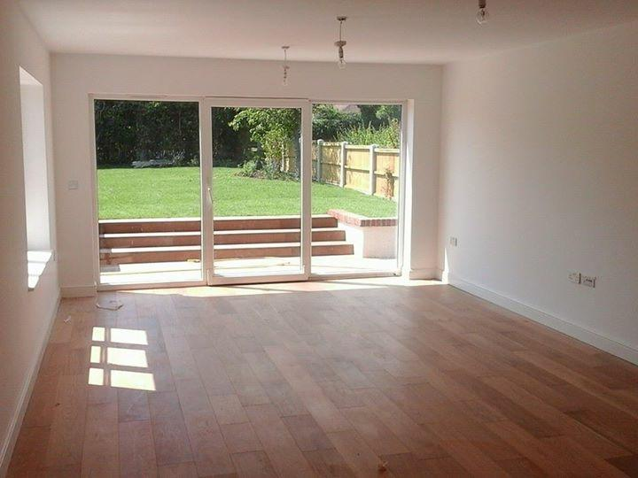 Carpenter, laminate flooring fitter,coving, kitchen fitter, door windows installation, Tiling,