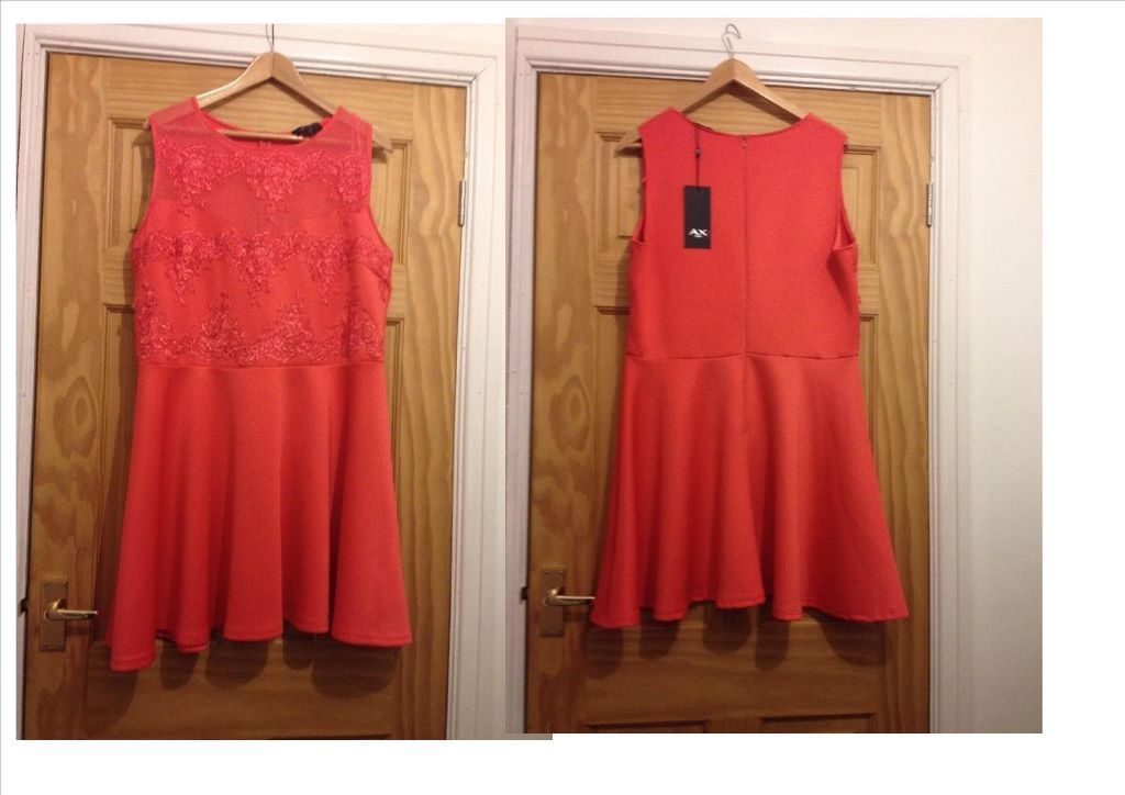 Various dresses size 14, 16, 18 & 20 (see list below for prices and sizes of each)
