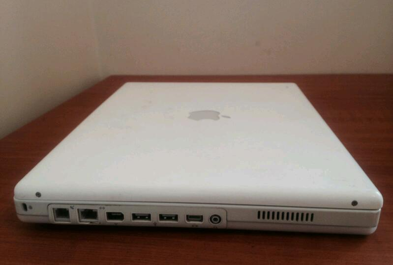 Apple iBook G3/600 14-Inch (Early 2002 - Tr)
