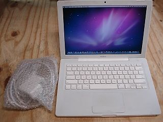 Macbook Apple mac laptop 320gb hard drive in full working order