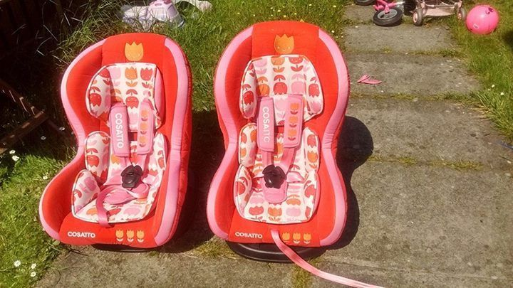 2 stunning Girls Cosatto Moova Car seats 9-18kg, group 1