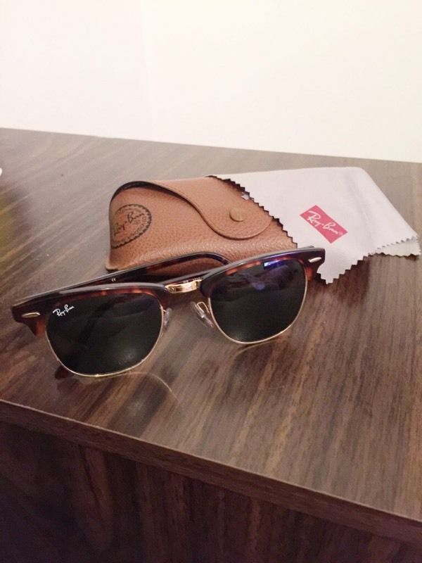 Ray ban clubmaster RB3016 W0366 49-21