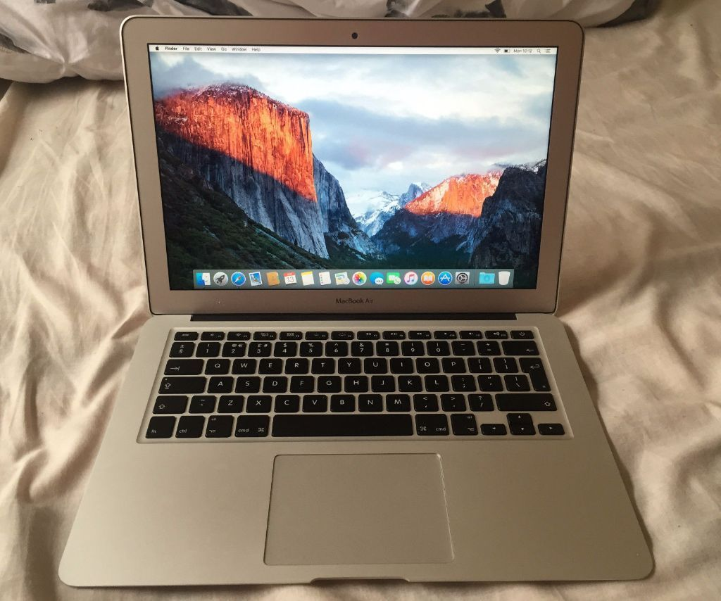"Apple MacBook Air 13.3"" (Latest Model 2015) i5 1.6/2.7GHz 256GB Mint Apple Care"