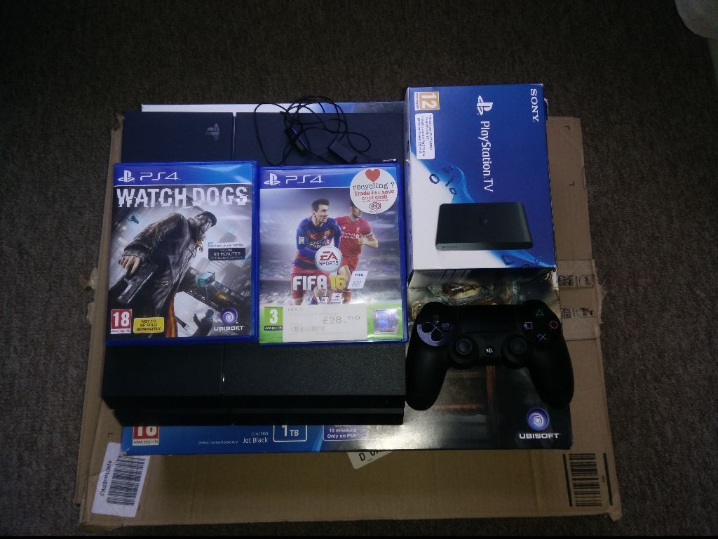 PS4 1000GB + PS TV + 7 GAMES + 8 MONTH ONLINE