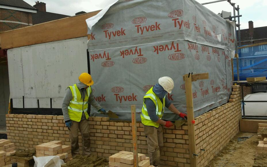 Bricklaying Contractor in london, good bricklayers clean brickwork , contact us for bricklayer