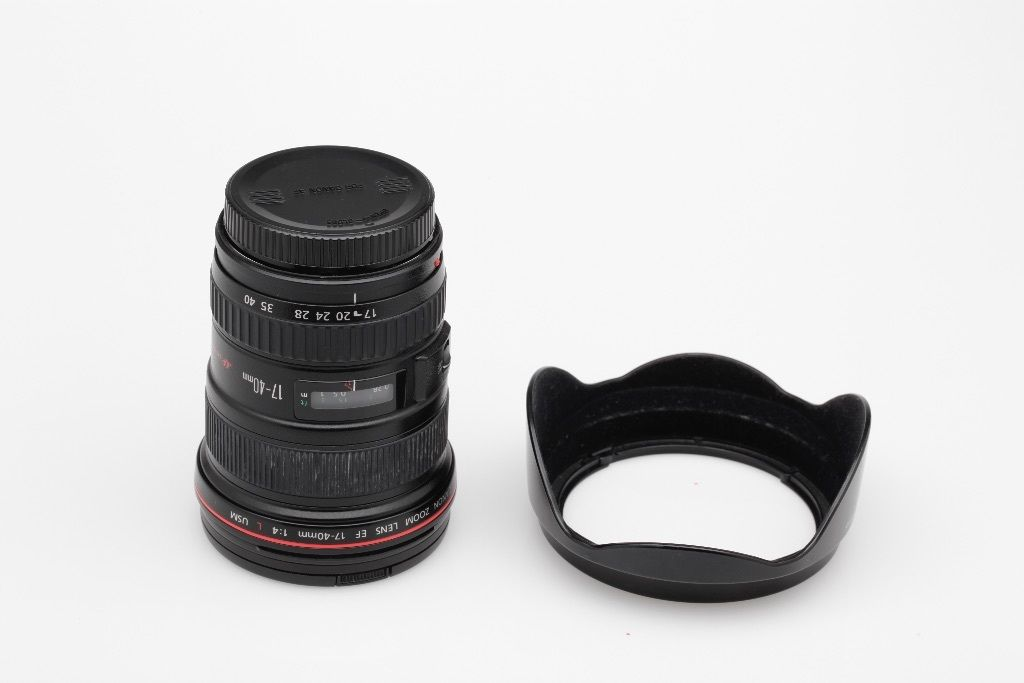 Canon EF 17-40mm 1:4 L USM in mint condition