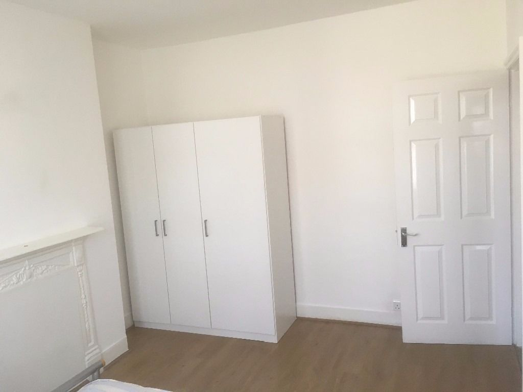 Double room available TO rent in Harrow weald