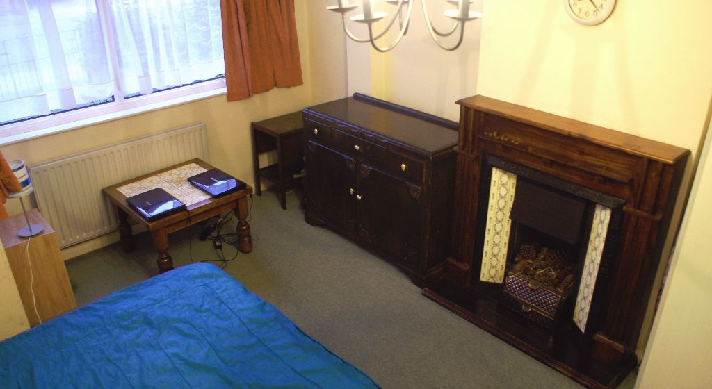 ROOM TO RENT FOR SINGLE PERSON– NEW MALDEN