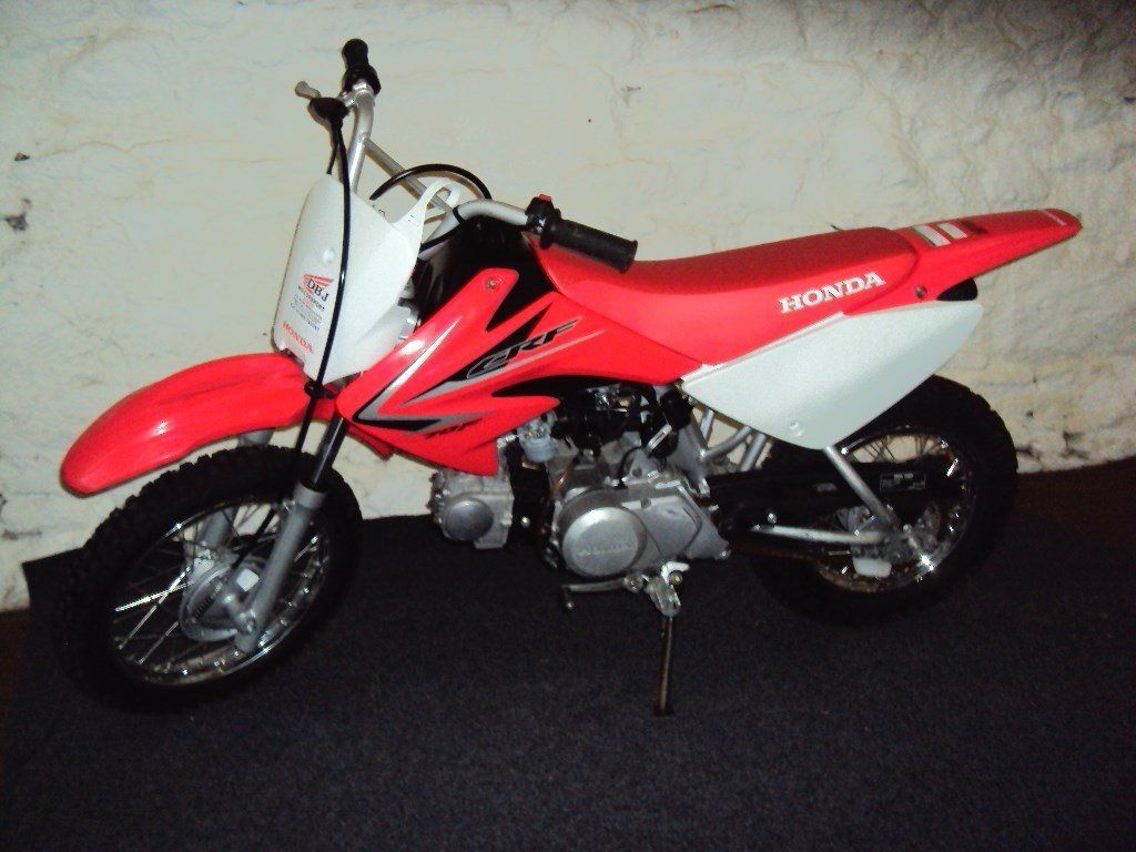 Honda CRF70 motorcycle - as new condition - immaculate - great 1st motorbike for child