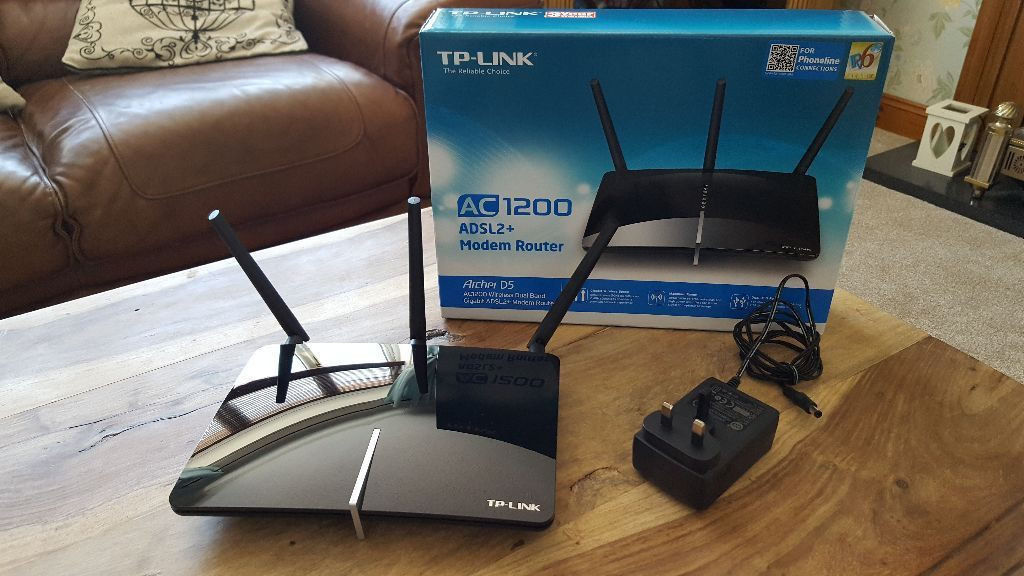 TP-LINK ARCHER D5 AC1200 Wireless Router. Good fast router, fully boxed, excellent condition.