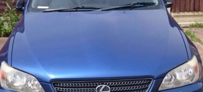 Lexus is200 blue 8n8 bonnet hood no damage 98-05 breaking spares parts is 200 is300 sportcross