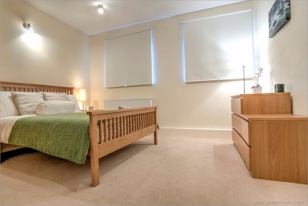 Professional looking for a great quality property in Zone 1? Look no further!
