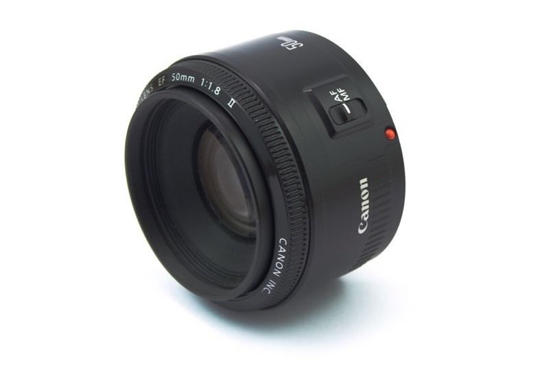 Like NEW Canon 50mm 1.8 ii Portrait Lens