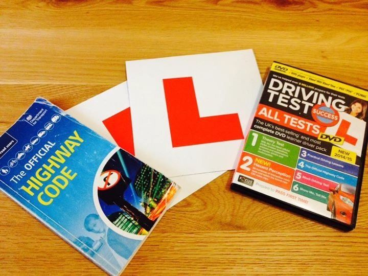 DRIVING TESTS & HIGHWAY CODE CD