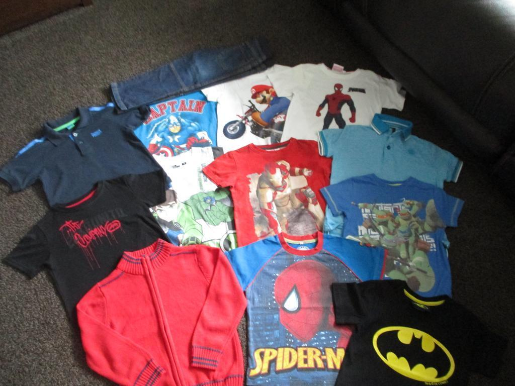BUNDLE 21 - BUNDLE OF BOYS CLOTHES - SIZE 4-5 YEARS - 13 ITEMS