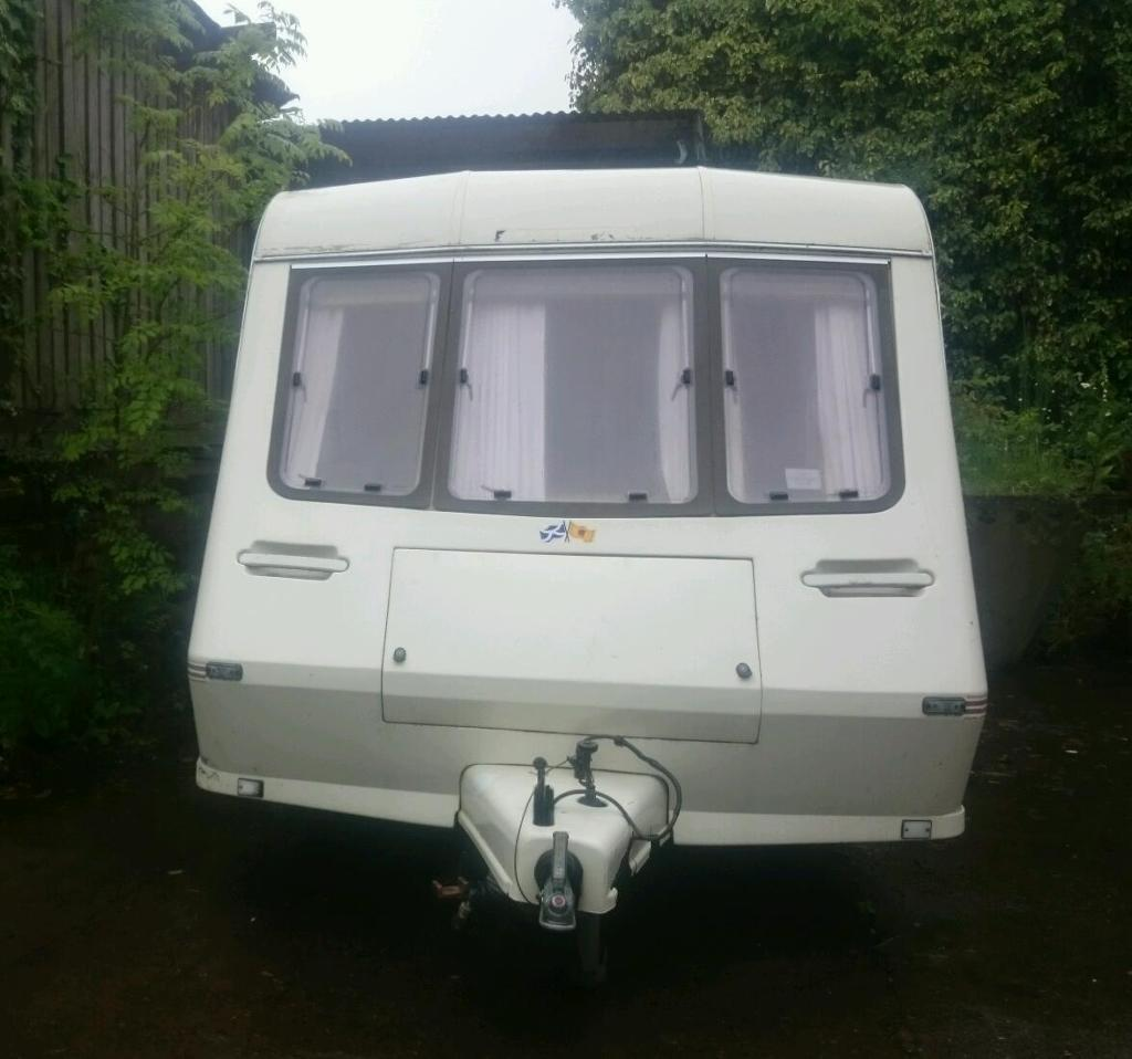 Caravan 15 ft 2 berth