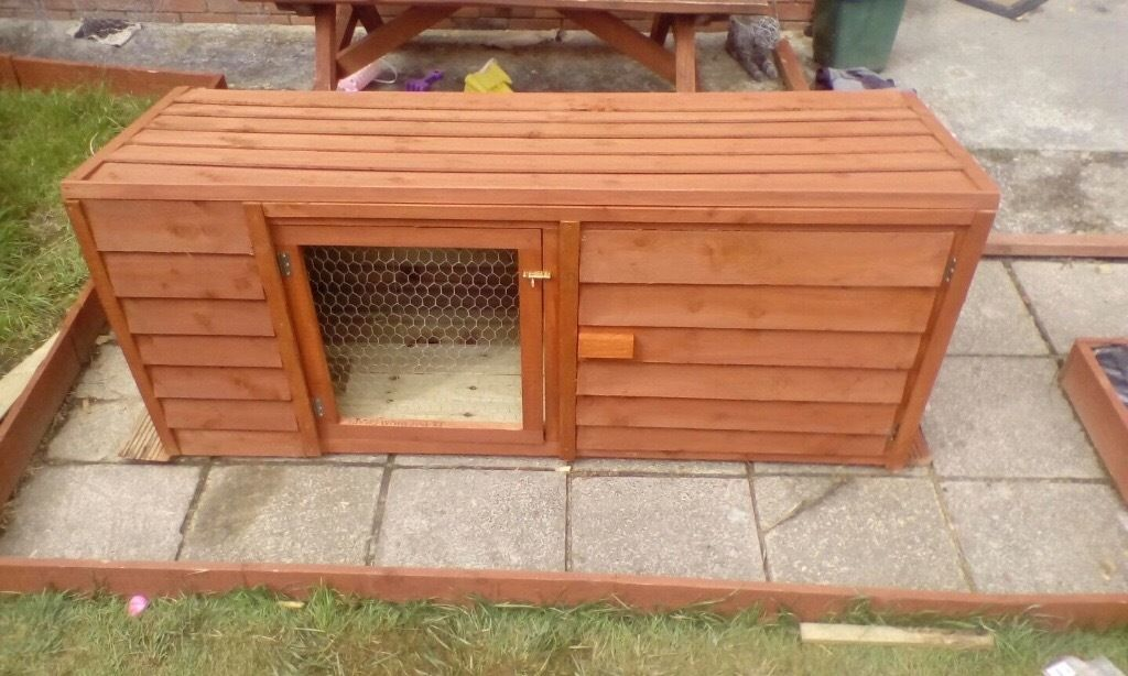 Pet hutch / animal kennel / dog