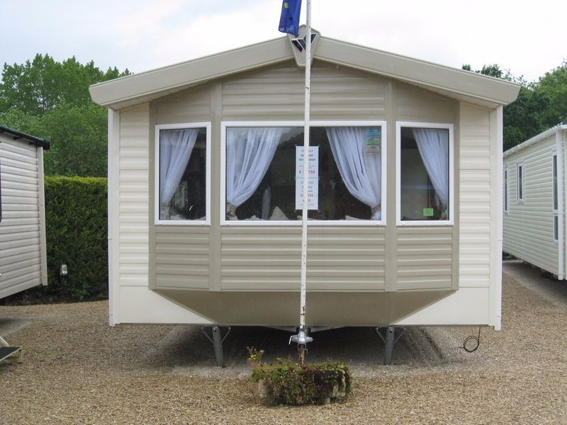 STATIC CARAVAN FOR SALE IN SNOWDONIA NORTH WALES- SLEEPS 8 IMMACULATE CONDITION INCLUDING SITE FEES