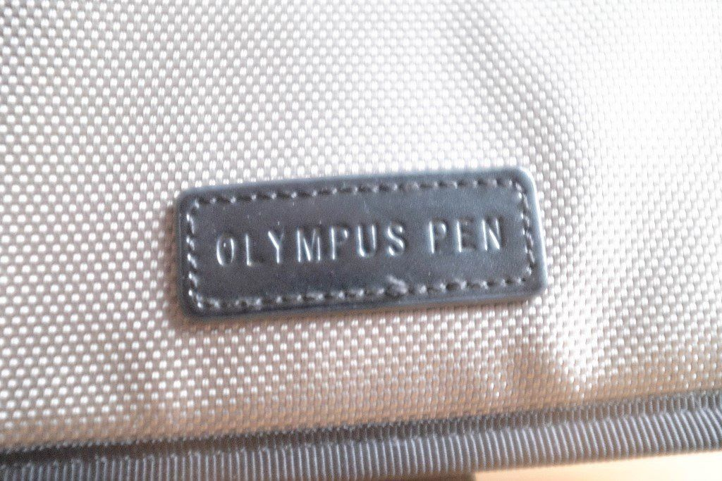 Olympus PEN camera bag - front unzips - good clean cond.