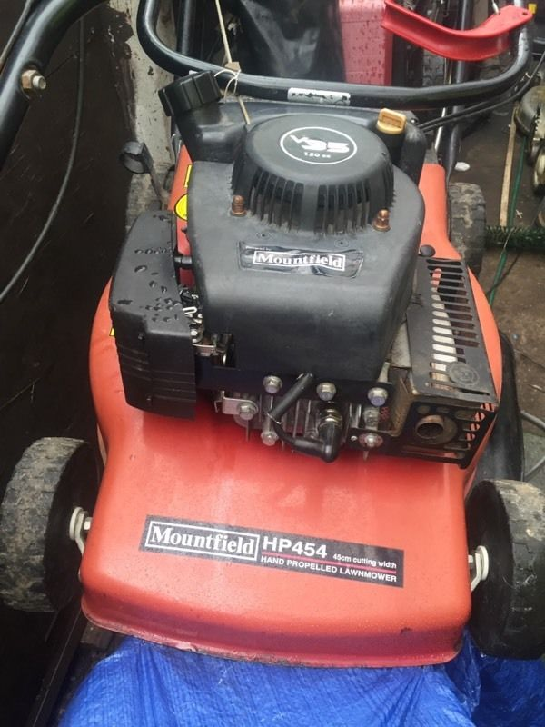 Mountfield HP454 lawnmower