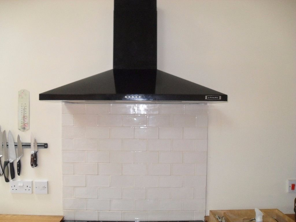 Black Leisure cooker hood. H91PK