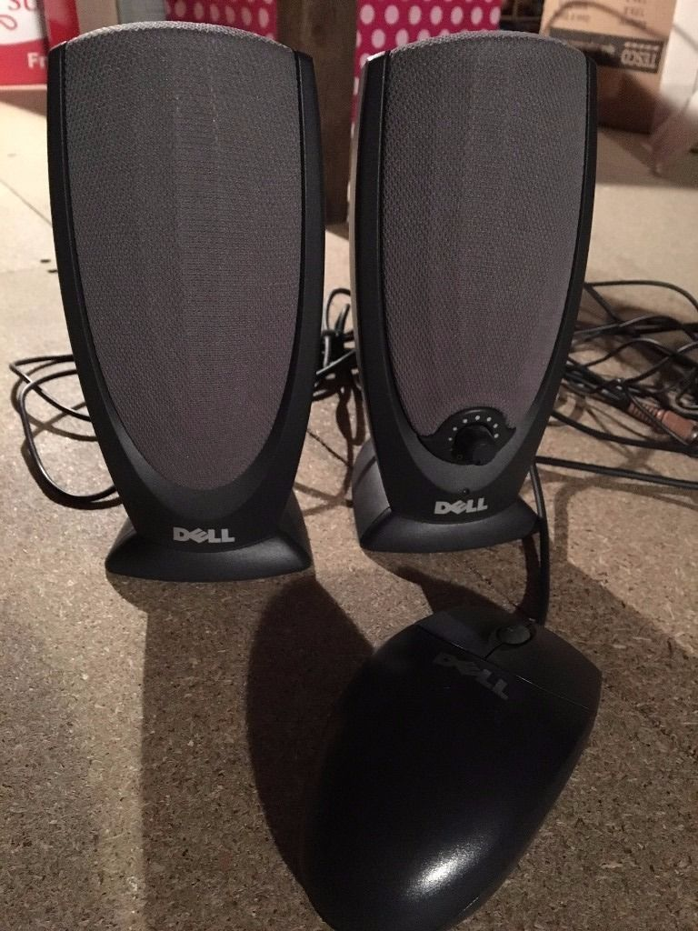 2 x Dell computer speakers in grey with volume control and matching plug in mouse