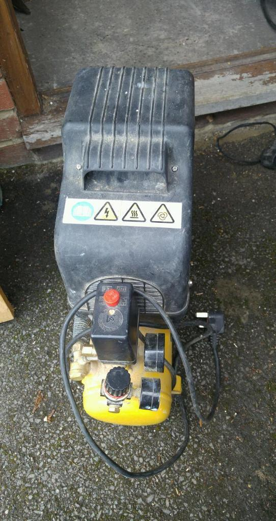 Wolf air mini compressor