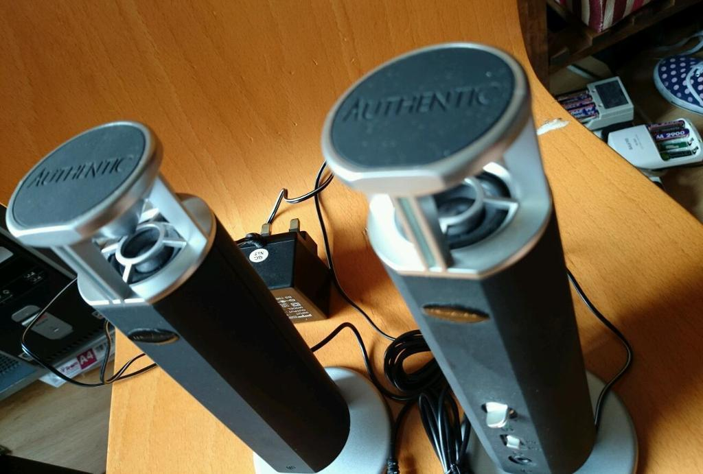 Wharfedale Was 102 PC speakers