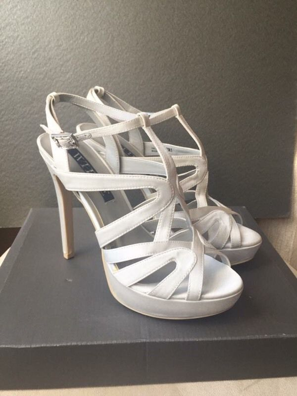 BNIB VERA WANG white wedding Ivory satin strappy sandals size 5/6 38/39