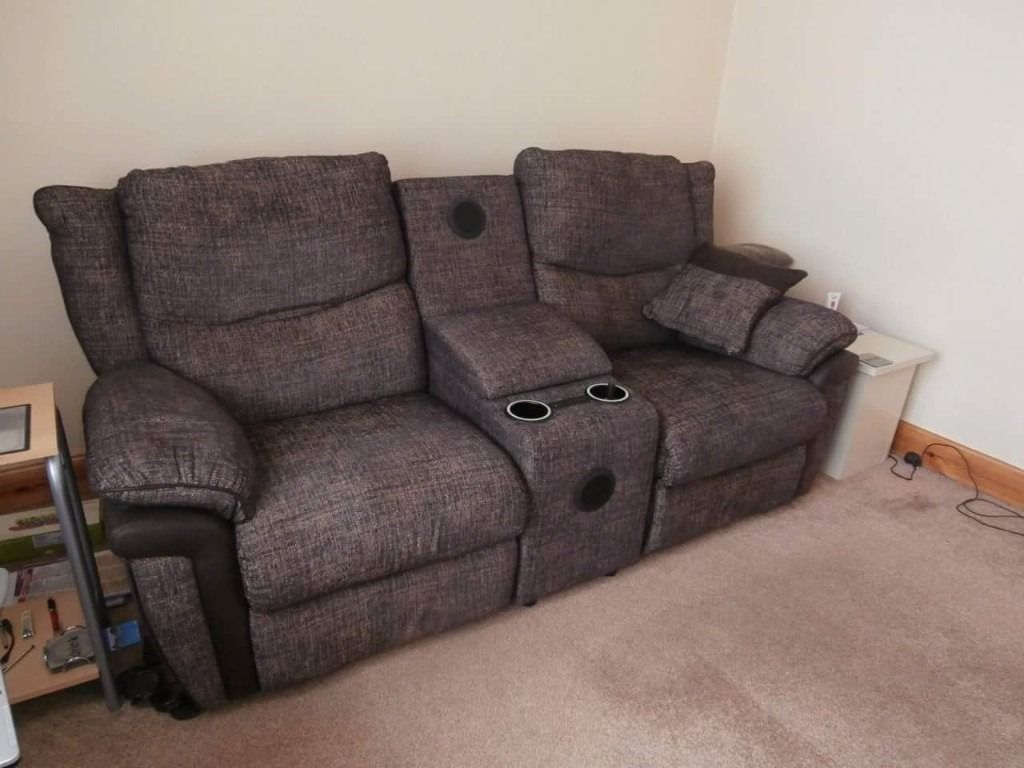 La-Z-Boy Sofa Celebration Collection, 2 seater recliner w/speaker and 3 seater static