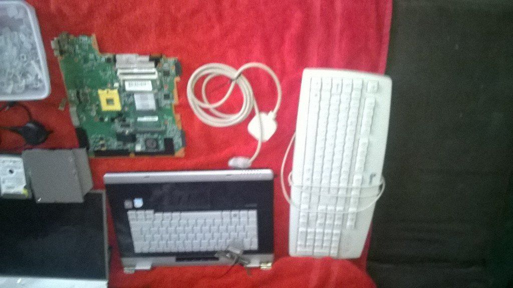packard bell tower two laptops for spares cyclone voyager tablet and laptop bag