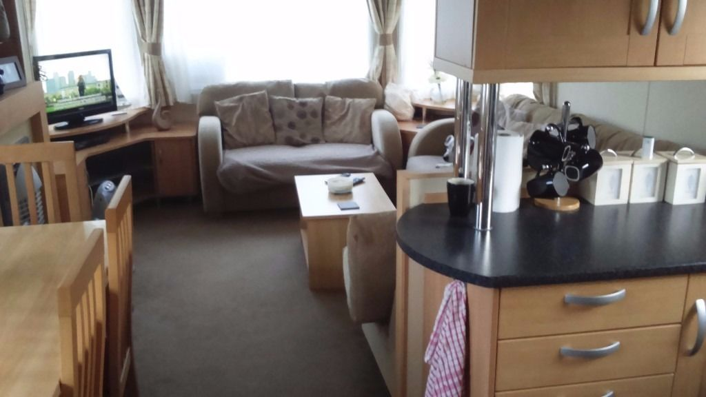 2006 luxury static caravan 3bed sleeps 8 double glazed central heated bathroom seperate wc
