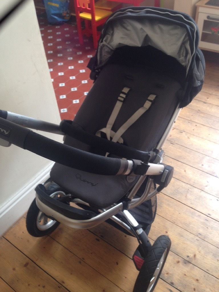 Quinny Complete Travel System with all the accessories included. Very good condition