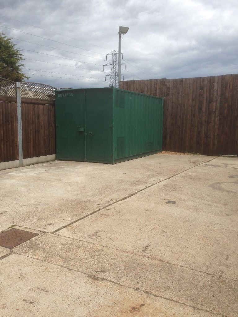 "16' Foot Container for rent in secure Alarmed CCTV yard Billericay CM11 2UH 16 x 8 x 8"" 07542 163230"