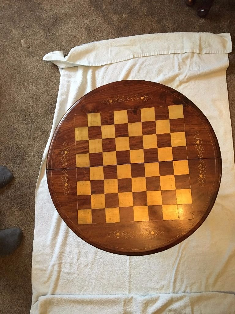SOLID WOOD FOLDING CHESS TABLE WITH GOLD LEAF
