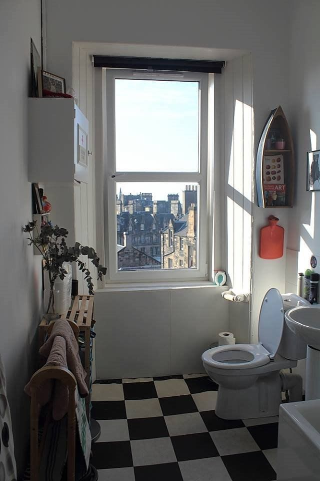 2 rooms available in lovely big westport flat +wonderful views +creative, friendly household