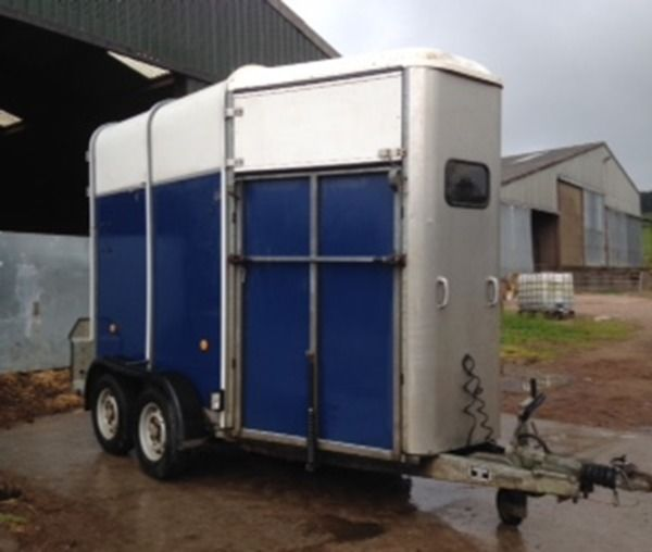 IFOR WILLIAMS HORSE BOX HB505 BLUE/SILVER