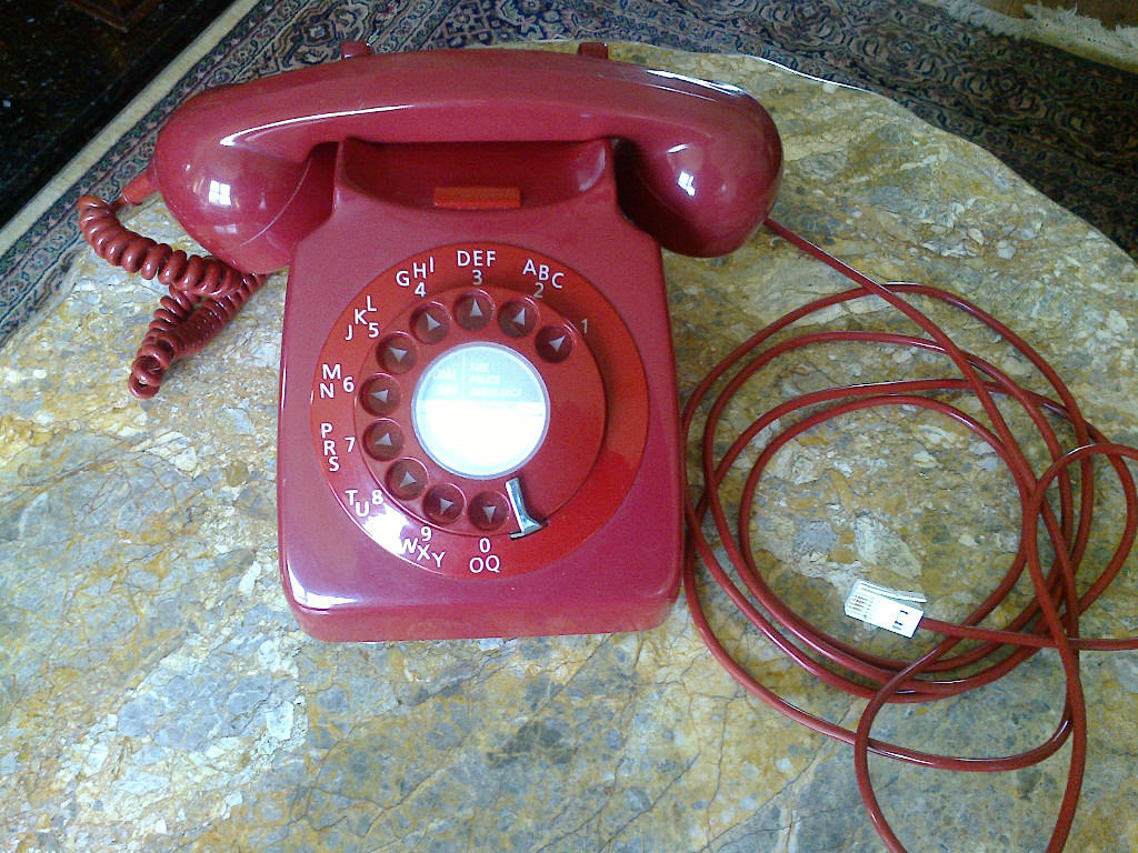 Vintage RED Rotary Dial GPO TELEPHONE - MODEL 746 GNA