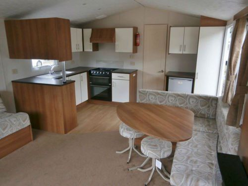 2013 Double Glazed and Heated 2 bed caravan Nr Tenby